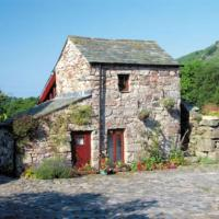 Plum Guide - Stanley Ghyll Cottage
