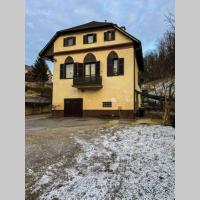 House with garden and free parking, great for groups