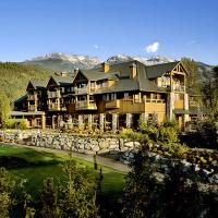 Beautiful 2 bedroom overlooking Whistler's Green Lake and Mountains!