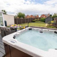 Modern Three Bedroom Home in Gloucester with Hot Tub