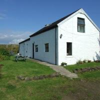 Lovely 1-Bed Cottage in Isle of Mull, hotel in Bunessan