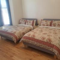 London Luxury 2 Bedroom Flat 5min walk from Overground, with FREE WIFI, FREE PARKING-Sleeps x6