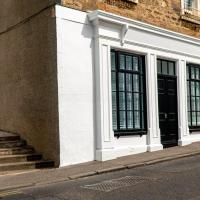The Old Paint Shop Apartment - Centrally Situated