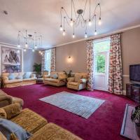 Large 7 bedroom holiday home, edge of Exmoor