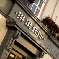 Dog and Whistle Pub, hotel in Hertford