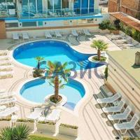 Ахтопол, апартамент на първа линия, 2 басейна, hotel in Ahtopol