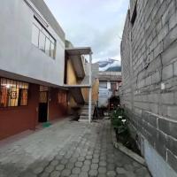 Casa Vacacional en Baños de Agua Santa, hotel em Baños
