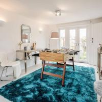 Detached Luxury Stylish House - Staycation - Hot Tub