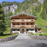 Alpenchalet Lacknerbrunn 18-24 P