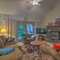Rustic Waitsfield Condo about 1 Mi to Hike and Ski!, hotel in Waitsfield
