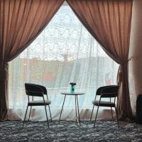 شاليهات امواج الدمام طريق الرياض حي العروبة, hotel em Al Fayşalīyah