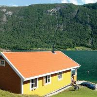 Three-Bedroom Holiday home in Slinde 2