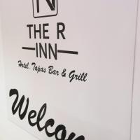 The R Inn Hotel, hotel in Desborough