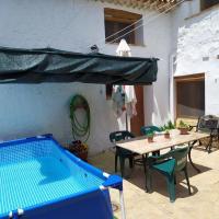 Casa Rural Los Pastores, hotel in Ayora
