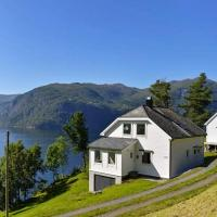 Holiday home Stordal