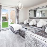 2 Bedroom 2 Bathroom House with Garden, Free Parking and Smart TV in Darlington - Contractors, Relocation, Business Travellers