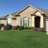 Beautiful 4 bedroom 2 bath vacation home, hotel in Mansfield