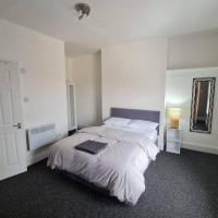Edinburgh Road Guest House. 5 bed house in heart of liverpool, sleeps 10