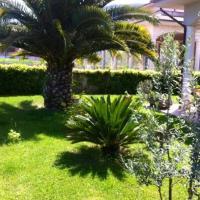 Meraviglioso appartamento nuovo immerso nel verde, hotell i Ascoli Piceno