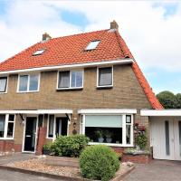 Holiday home in Franeker with a furnished sunny terrace, bbq, hotel in Franeker