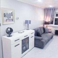 Modern contemporary Flat/apartment Great location