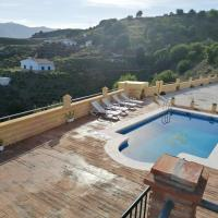 Villa with 5 bedrooms in Almachar with wonderful mountain view private pool enclosed garden 18 km from the beach, hotel em Almáchar