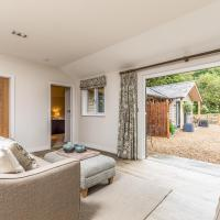 Pass the Keys Delightful 2Bed Lodge in Downland Village