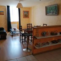 Pont-de-Vaux City Center Appartement for 2