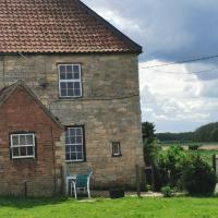 Cottage Between Lincoln and the Wolds
