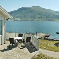 Holiday home averøy