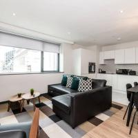Waterfront Apartment with View of Liver Building
