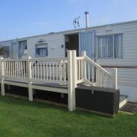 Summer Breeze Caravan, hotel in Bacton