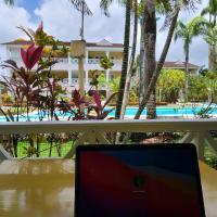 SECRET PARADISE CONDO BY THE SEA, hotel in El Limón