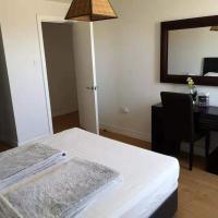 Two Bedroom Two Bathroom Apartment, hotel dicht bij: Luchthaven Gibraltar - GIB, Gibraltar
