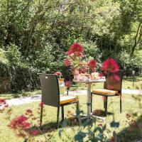 Joli Studio Calme à 10min de Genève WIFI-Parking-JARDIN, hotel in Neydens