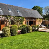 Grade II listed Barn Conversion on the edge of Bournemouth and the New Forest., hotel near Bournemouth Airport - BOH, Bournemouth