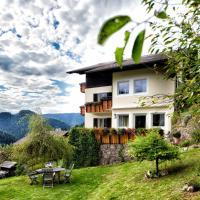Villa Gottfried Appartment, hotel in Eggen