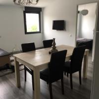 Appartement 55m2 La Rochelle, hôtel à Périgny
