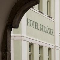 Hotel Beránek, отель в городе Блатна