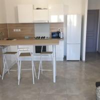 Appartement T4 7/8 pers, hotel near Perpignan - Rivesaltes Airport - PGF, Perpignan