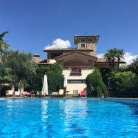 Villa del Nibbio luxury villa with pool in Umbria, hotell i Ficulle