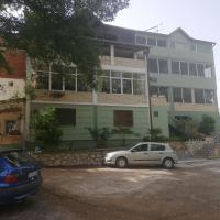 Apartmani Kaldrma, hotel em Nov Dojran