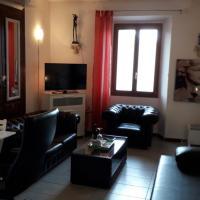 Apartment with Como Lake View - Italy, hotel a Casasco Intelvi