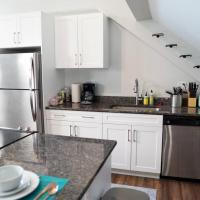 Private Apt Heart Of Midtown 2bd 1ba