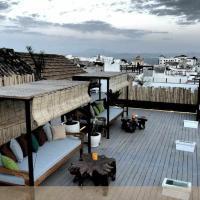 Silos19 Suites, hotel in Tarifa