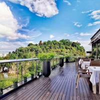 Jolie Vue Boutique Hotel Guilin (near Elephant Trunk Hill)