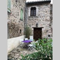Maison familiale en pierre au coeur des remparts., hotel en Villefranche-de-Conflent