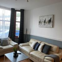 Spacious Flat in Scotstoun West End