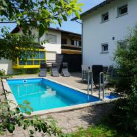 Haus mit 6 Schlafzimmer, Pool und großem Garten
