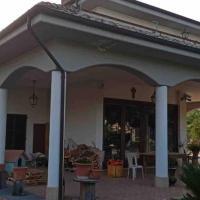 Appartamento incantevole con vasca idromassaggio, hotell i Ascoli Piceno